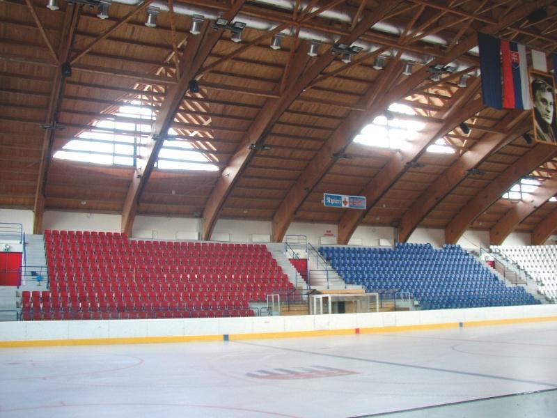 sklopné sedadlá na štadióny Arena prostar 1