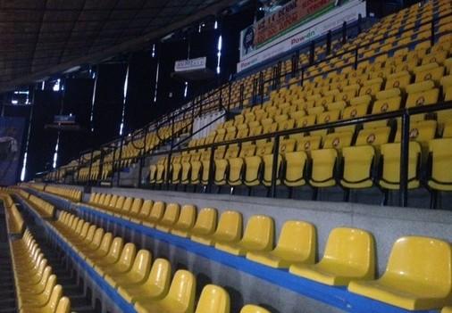 prostar sedačky pre štadióny 2
